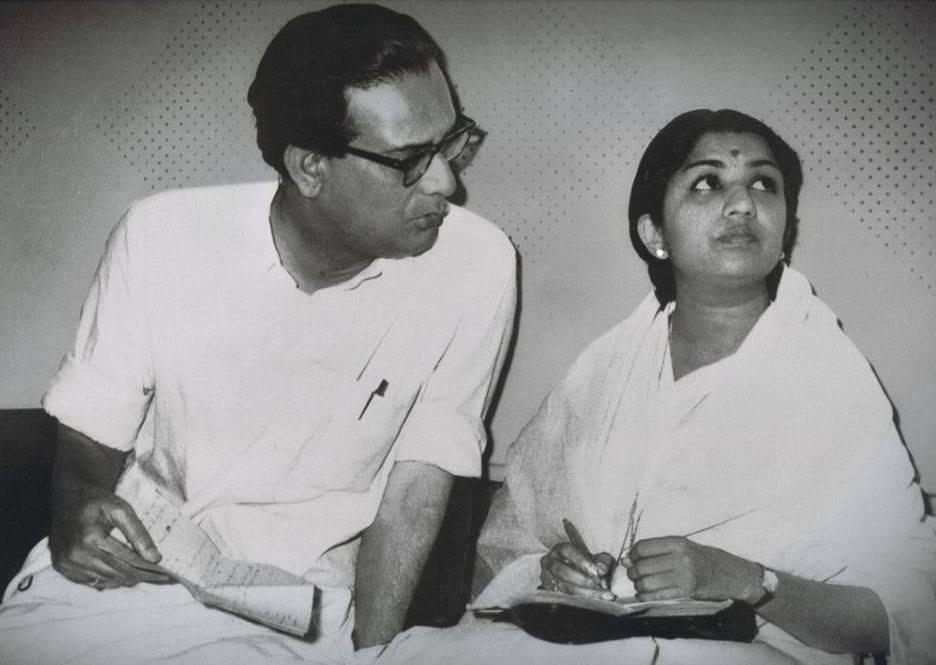 Hemant Kumar with Lata Mangeshkar shown to user
